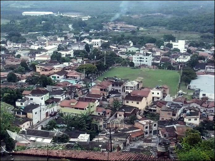 Esmeraldas Minas Gerais fonte: lucineyesmeraldas.files.wordpress.com